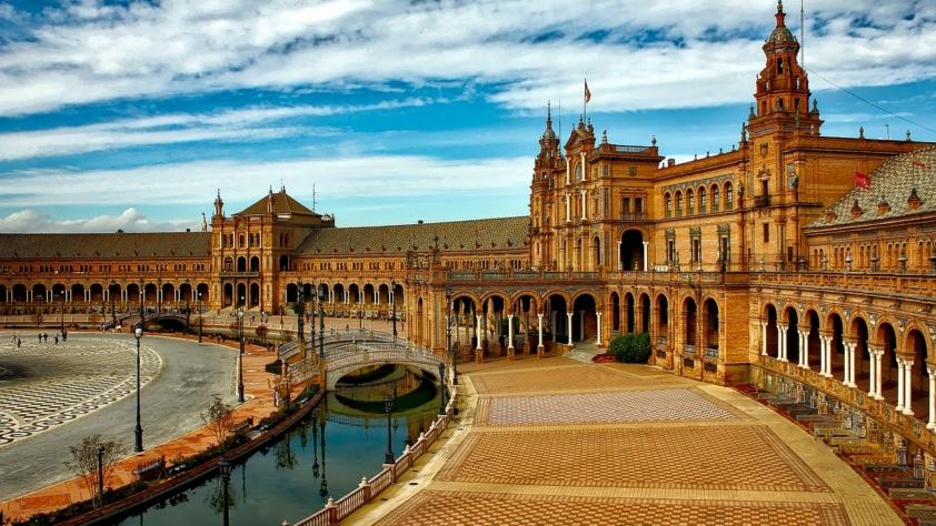 Hiszpania i jej atrakcje. Czym zachwyca Sewilla?
